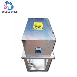 High quality stainless steel automatic fresh sugarcane peeling shucking machine/electric green sugar cane processing equipment